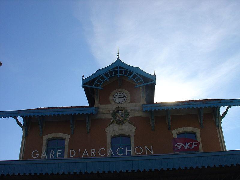 Gare d 39 arcachon horaires en gare d 39 arcachon for Piscine arcachon horaires