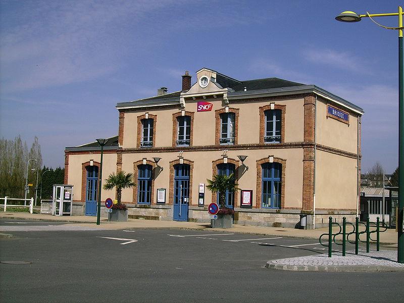 Gare de briouze horaires en gare de briouze for Comhoraire piscine flers