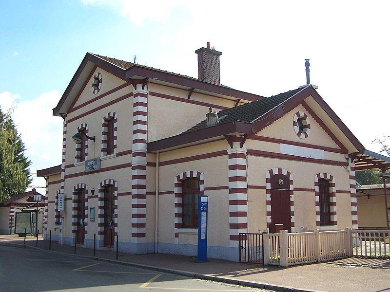 Gare de jouy en josas horaires en gare de jouy en josas for Garage jouy en josas