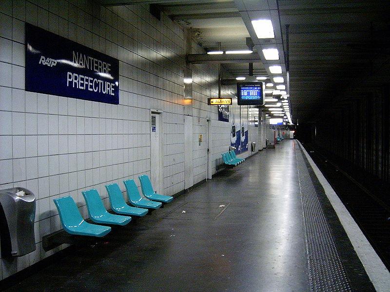 Gare de nanterre pr fecture horaires en gare de for Piscine cergy prefecture
