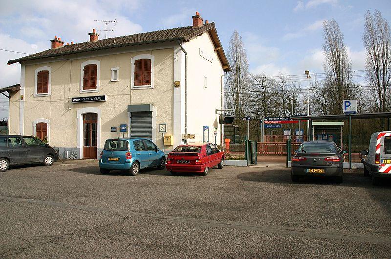 Gare de saint fargeau horaires en gare de saint fargeau - Piscine saint fargeau ponthierry ...