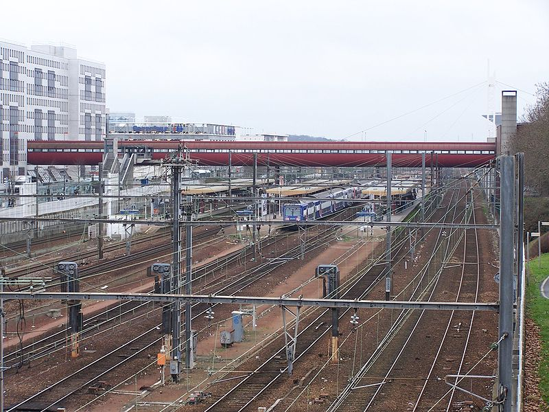 Gare de saint quentin en yvelines montigny le bretonneux Horaire piscine montigny le bretonneux