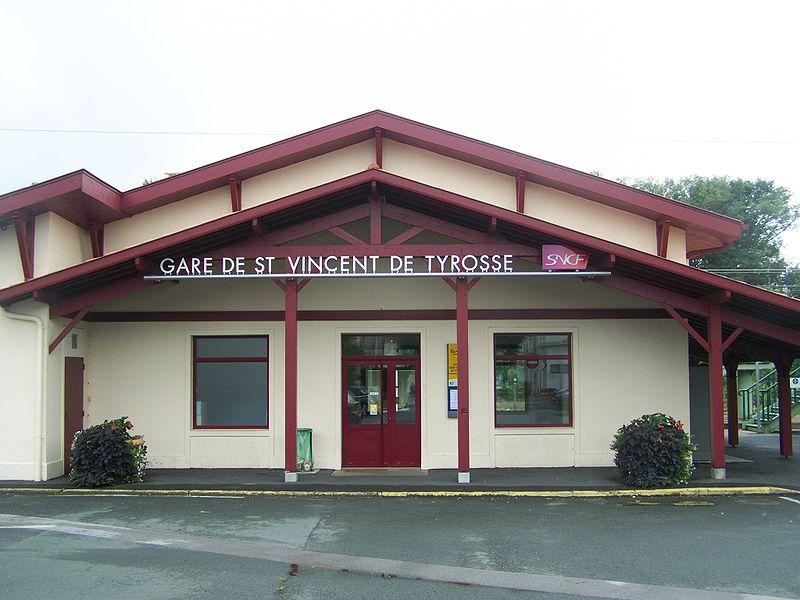 Gare de saint vincent de tyrosse horaires en gare de for Piscine saint vincent de tyrosse